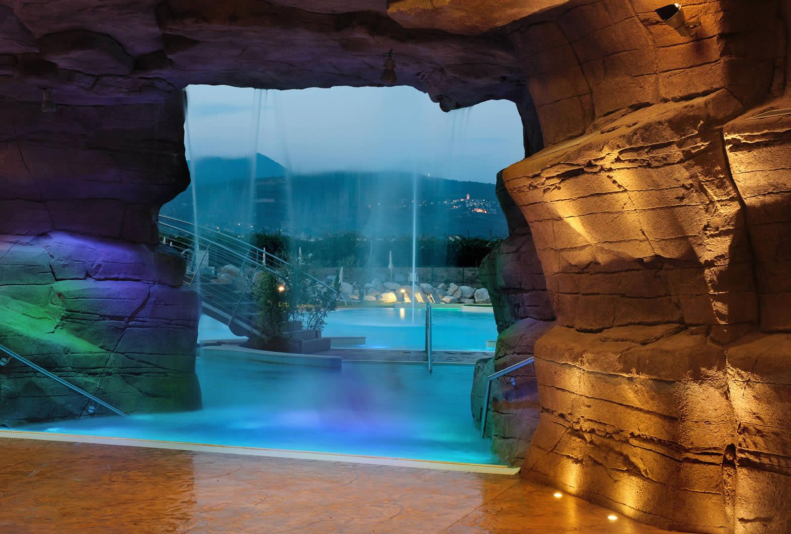 Grotta e Terrazza Della Fonte